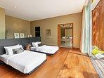Villa Mayavee Phuket - Guest Bedroom 2