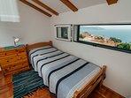 Twin bedroom, picture window