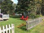 Spruce cottage - side yard