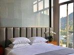 4 Nice Top floor and Top Drawer En Suites.
