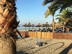 Burriana stranden ligger på 3 min promenad avstånd.