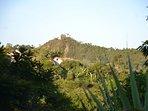 Pico do Penedinho foto tirada do quintal do Chalé