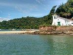 Igreja da Piedade na Ilha da Gipoia em Angra dos Reis.