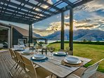 What a great place to have dinner or a BBQ and enjoy the sunset views