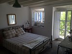 Double bedroom with direct    access to the garden terrace
