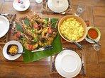 Langoustes grillées et riz au coco: bon appétit!