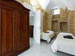 Camera da letto 2 | Bedroom 2