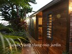 facade lodge ylang ylang location la liane de jade saint paul