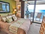 Oceanfront Bedroom w/lanai access
