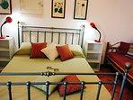 Camera matrimoniale e un letto singolo