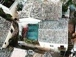 La casa vista con il drone