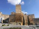 Puerta Alcazar de Sevilla.  Foto de algunos de sus monumentos más icónicos
