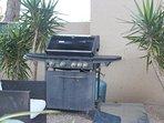 barbecue a gaz a disposition