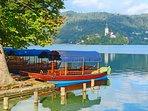 Pletnas: Mlino, Lake Bled.