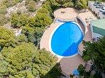Vista aerea de piscina