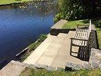 Penlan riverbank seat
