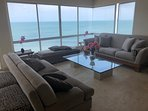 living room / Magnificent view of the sea
