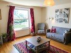 Lounge / living room..