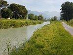 Pista ciclabile fiume Frigido da Marina di Massa e ritorno 1ora a piedi