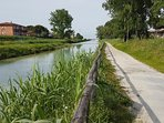 Pista ciclabile fiume Frigido da Marina di Massa e ritorno 1ora a piedi .