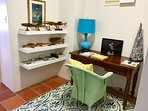 Office with everything you need to plan your island excursions.