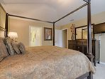 Welcoming Upstairs King Master Bedroom w/En-Suite Bath & Flat Screen TV