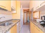 Cocina - Kitchen (planta inferior - 1st floor)