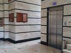Entrada peatonal a garaje por escalera desde el portal o ascensor desde la vivienda