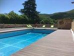 La piscine de 6X12 avec plongeoir.Profondeur :1 m à 2.50 M.