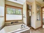 2nd Floor Master Ensuite Bathroom