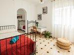 Dormitorio 3 y 4. Amplia habitación doble, con camas sencillas para un confortable descanso.