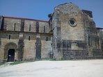 Monasterio de Carboeiro a 2 km. Del alojamiento