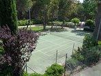 Un des cours de tennis