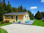 Gallows Cove Cottage - next to the ocean, minutes walk to East Coast Trail, and Ecological Reserve.
