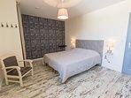 Chambre 1er étage 1 lit 160*200