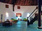 Salon réception de la grand case du Papayer Ecolodge