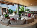 Villa Yang Som Phuket - Reception Bar Area