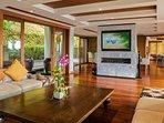 Villa Yang Som Phuket - Living Room