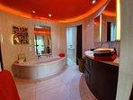 Master bath / WC