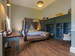 Cook's Suite - Master Bedroom