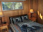 Bedroom with Queen bed - sleeps 2