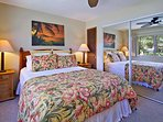 Master Bedroom w/ queen size bed w/ new linens and comforter.