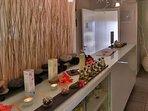 l'entrée du spa, accès offert pour 2 adultes au sauna et au hammam durant tout votre séjour !