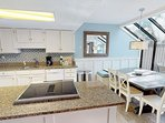 Great Open and Entertaining Kitchen Set Up