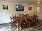 """Dining area in kitchen. 48"""" smart tv with Netflix, Freeview etc."""