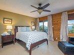 Queen Bedroom: