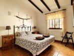 Hoofdslaapkamer met bed van 1.60 x 2.00 m