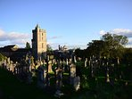 Fun things to do in Stirling old town, visit the graveyard!