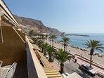 Terraza y vistas Puerto Deportivo Terrace overlooking the Marina Terrasse mit Blick auf den Yachth