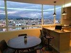 La mejor vista de Riobamba. Admira el atardecer de la ciudad.